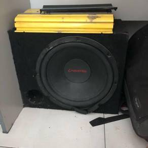 Car woofer and power amp