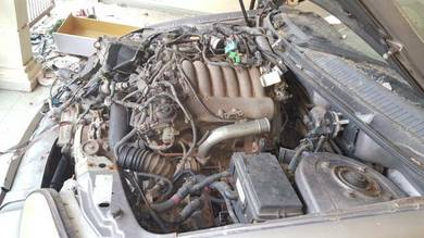 Enjin Mitsubishi 2.4cc Turbin (Complete Gear Box)