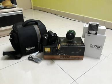 Nikon d3000 good condition
