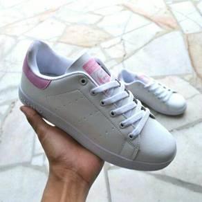 Kasut Sneakers
