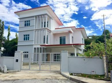 NEW 3 storey Bungalow house for sale Batu Arang