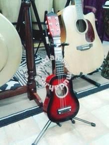 Small Guitar (Gitarlele)