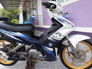 2009 Yamaha 135LC .stater