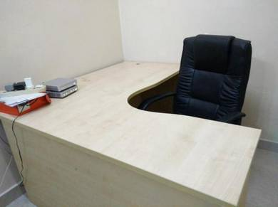 L Shape Table with Office Chair for Sale