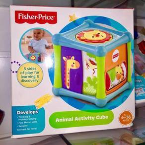 Fish-pricer animal activity cube