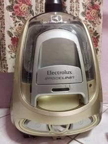 Electrolux ErgoClean Vacuum Cleaner