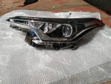 Toyota chr original headlamp LH