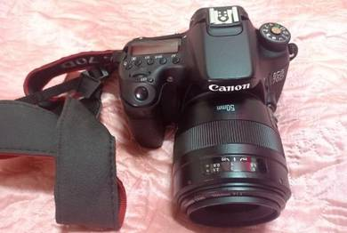 Canon 70D tip top condition(urgent sell)