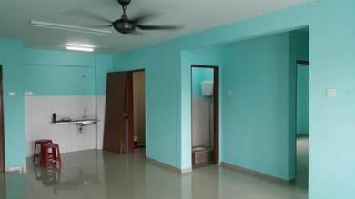 Flat Pangsapuri Desa Belantik Sri Stulang JB for sale / Bakar Batu