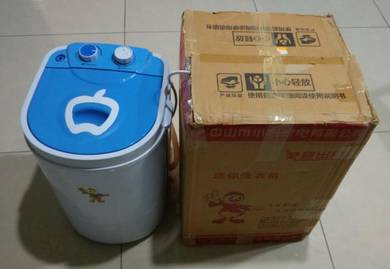 Semi Auto Mini Washing Machine