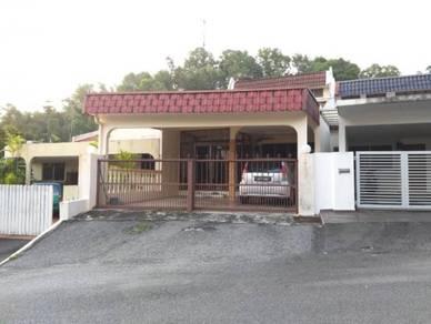 Single storey Terrace at Taman Lake View