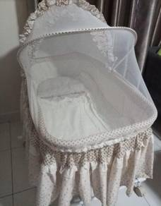 Sweet cherry baby cot / cradle