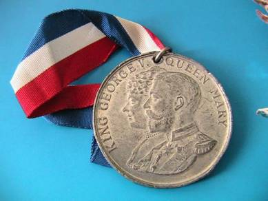 King George V and Mary silver jubilee medallion
