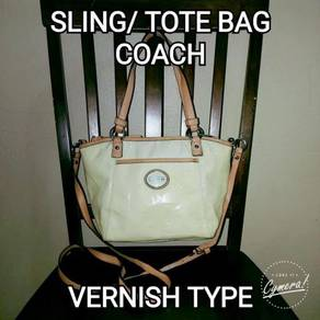 Sling/ Tote Bag Coach Vernish (Defect)