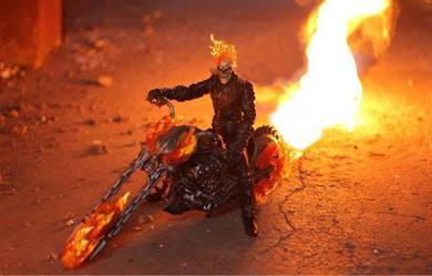 Ultimate Ghost Rider with Flame Cycle