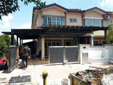 2 Storey Corner House PLUS + 10'FeeT Extra Land At Taman Bukit Serdang
