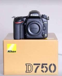 Nikon D750 (Like New)