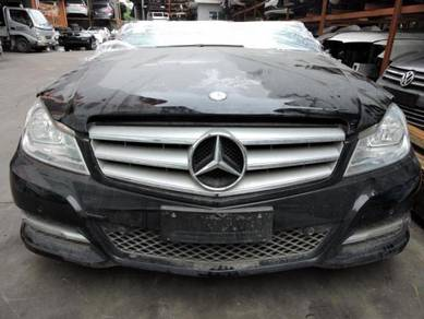 Mercedes Cclass W204 CGI Engine Gearbox Body Part
