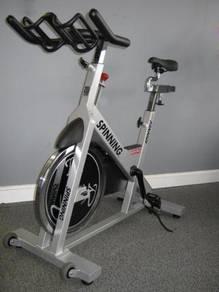 Home gym - exercse bike