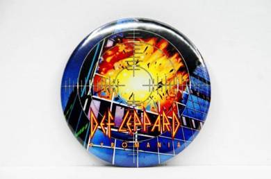 Badge MAGNET - DEF LEPPARD - Pyromania CD
