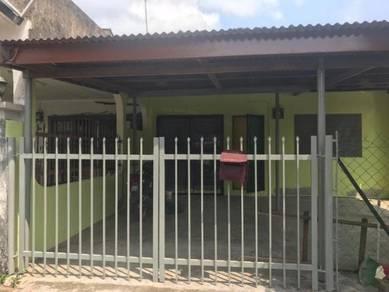 Melaka Rumah Teres 4 Bilek