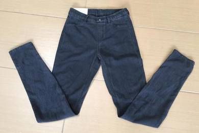 Uniqlo skinny jogger new with tag