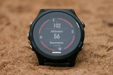 Garmin Forerunner 935 Running/Triathlon GPS Watch