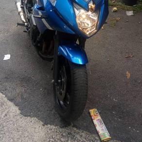 2012 Yamaha XJ6