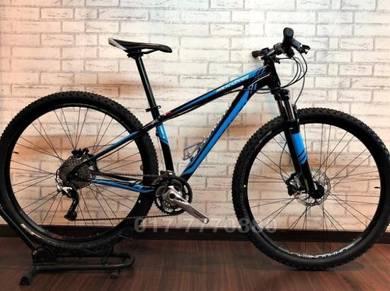 Specialized rockhopper 29er 10SP xt bicycle BIKE