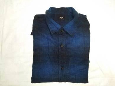 Uniqlo Blue Flannel Long Sleeve S (Kod LS4438)