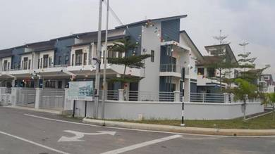 Double storey house new At  Klang ,