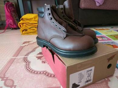 Red wing shoes 2245