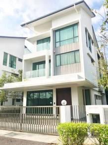 VALUE BUY. MURAH. 3 Storey Bungalow Taman Residensi Bandar Puncak Alam