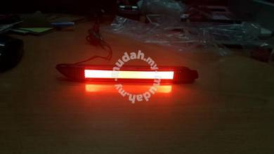 Toyota wish rear bumper lamp light bar reflector