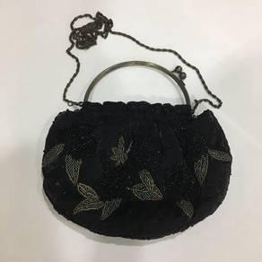 2-Way Black Bead Butterfly Dinner Bag