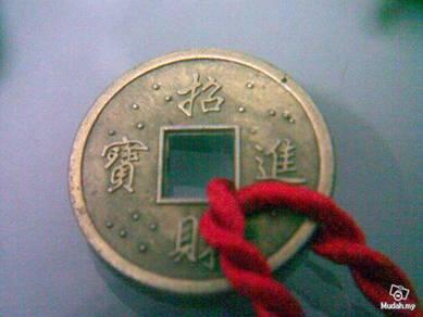 ABBP-C004 Metal Plastic Old Coins Pendant Bracelet