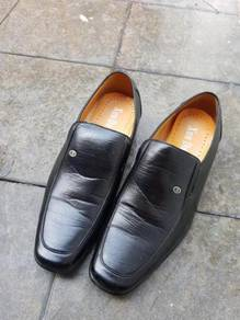 Casual leather shoes size 43