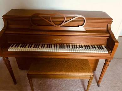 George steck piano in good condition