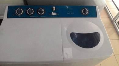 Toshiba 7kg Semi Auto washing machine