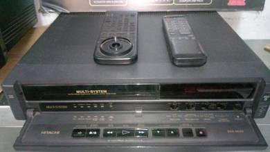 Hitachi VHS recorder