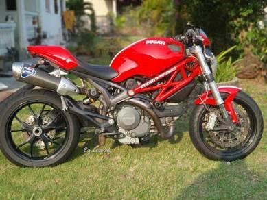 2014 Ducati Monster 796