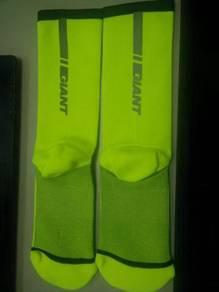 Giant Illume Series high visibility socks 8 inch