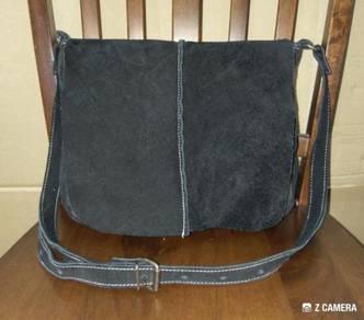 Cross Body Bag Suede Leather BVS Co. Ltd