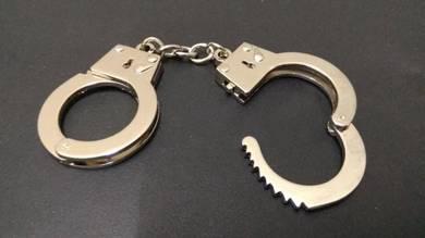 Cuffs mini gari