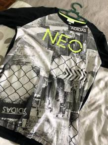 Adidas neo t shirt