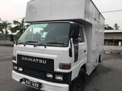 Daihatsu Luton Box Isuzu Hicom Fuso