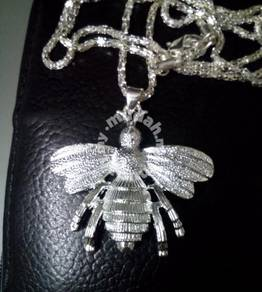 ABPS9-B002 925 Silver Bee Insect Pendant Necklace