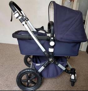 Bugaboo Cameleon stroller classic. Travel carrying