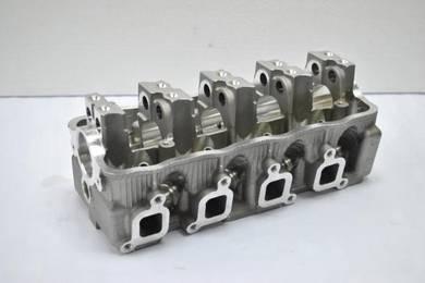 Cylinder Head SUZUKI JIMMY F10A/SJ410