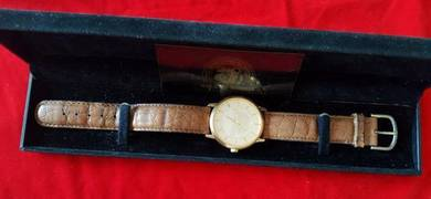 Year of Guinness gold watch